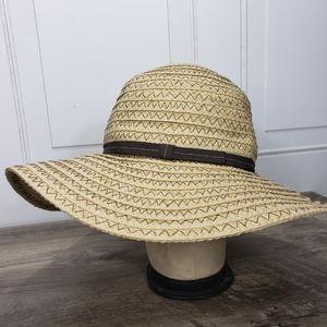 4/$24 Floppy Beach Hat New York & Co